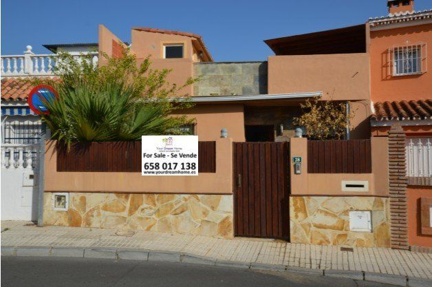 2 bed villa for sale in Fuengirola, Málaga, Spain
