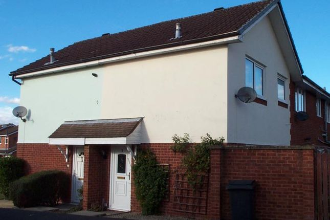 Thumbnail Semi-detached house to rent in The Laurels, Kingsbury, West Midlands
