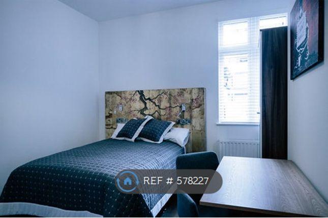 Bedroom 2 - 47 Ronin