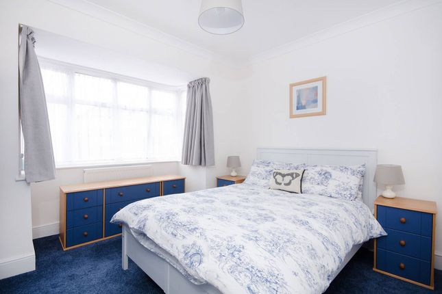 Thumbnail Flat to rent in Halford Road, Ickenham