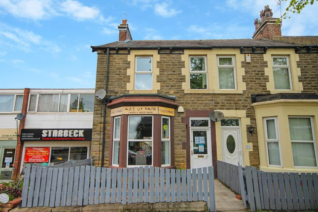 Thumbnail Town house for sale in High Street, Harrogate, North Yorkshire