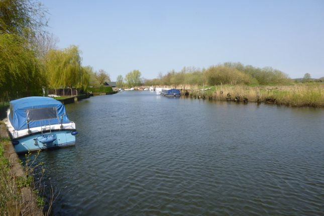 Thumbnail Land for sale in Stepping Hill, Puddingmoor, Beccles