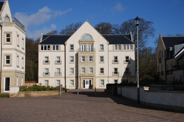 Thumbnail Flat to rent in Harbourside, Inverkip, Greenock