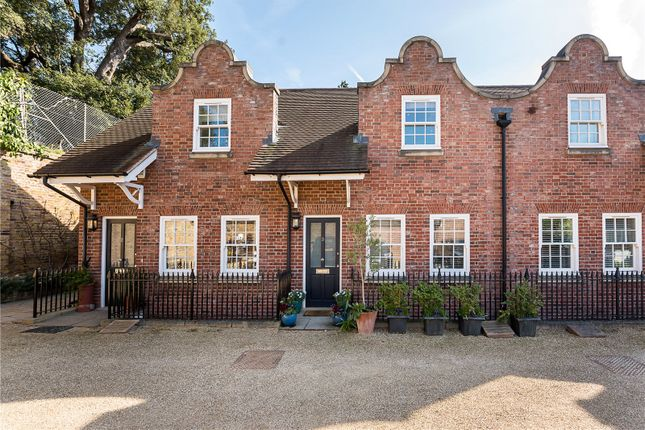 Thumbnail Terraced house for sale in Forge Lane, Petersham