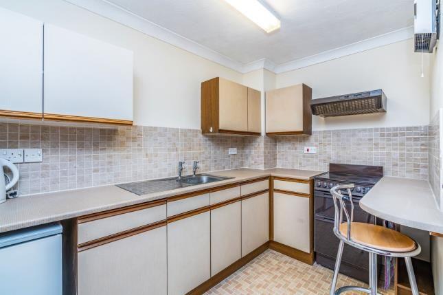 Kitchen of 16 Water Lane, Southampton, Hampshire SO40