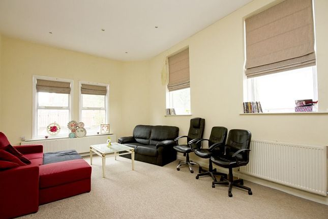 Thumbnail Flat to rent in King Street, Hammersmith, London