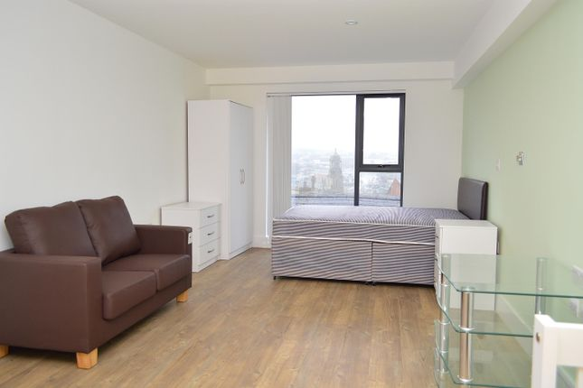 Thumbnail Flat to rent in Cardinal Court, Scholes Street, Oldham
