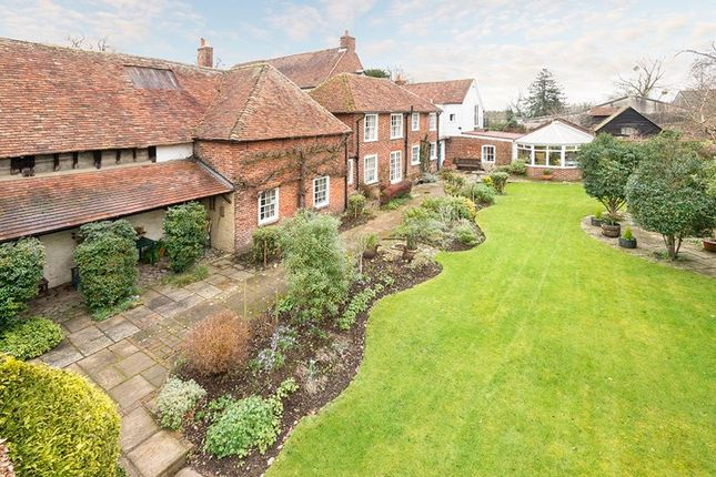 Thumbnail Cottage for sale in Birling Road, Ryarsh, West Malling