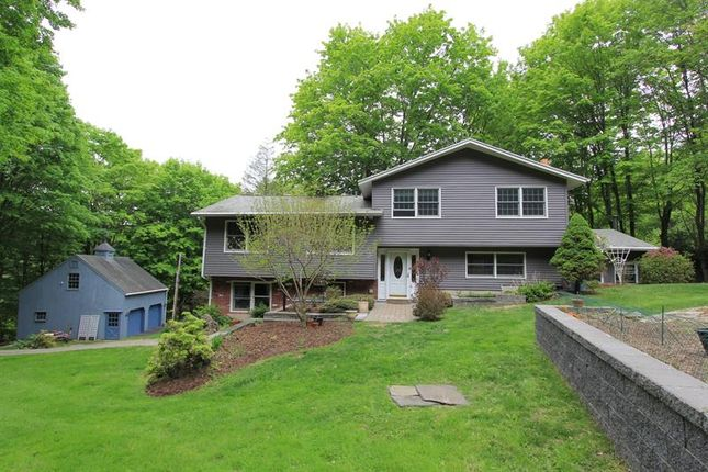Thumbnail Property for sale in 14 Englewood Terrace Mahopac, Mahopac, New York, 10541, United States Of America