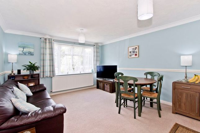Living Room Pic1 of Modern Two Bedroom Quad Cottage, Kingsley Court, Wadhurst TN5