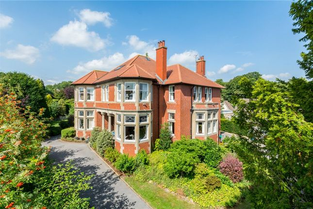 Thumbnail Property for sale in Warwick Crescent, Harrogate, North Yorkshire