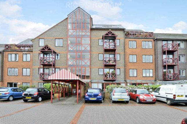 Thumbnail Flat for sale in The Mount, Guildford