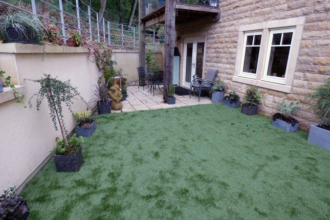 Terrace of 3 Conyers View, Audley Clevedon, Ben Rhydding Drive, Ilkley LS29