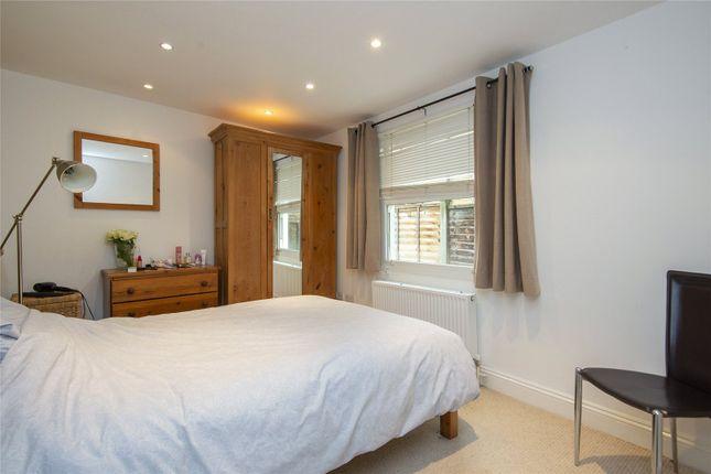 Bedroom One of Barretts Grove, London N16