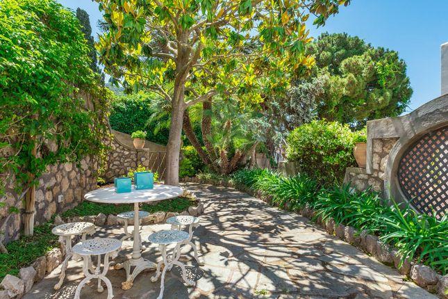 Thumbnail Apartment for sale in Via Padre Reginaldo Giuliani, 80073 Capri Na, Italy