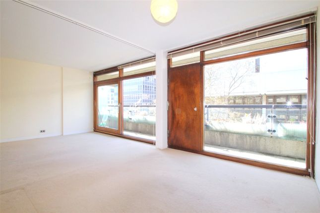 Thumbnail Flat to rent in Andrewes House, Barbican, London