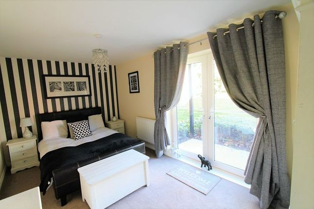 Thumbnail Flat to rent in Cabot Close, Locks Heath, Southampton