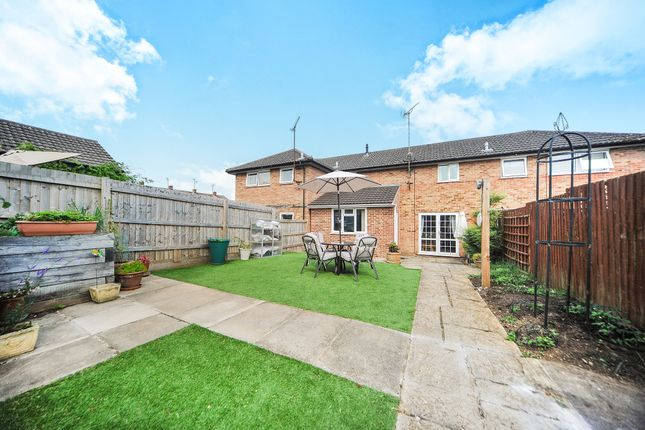 3 bed terraced house for sale in Andrews Close, Chippenham