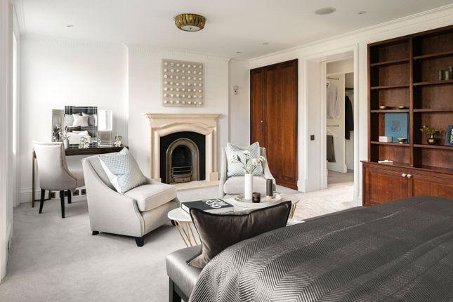Picture No. 29 of Earls Terrace, Kensington W8