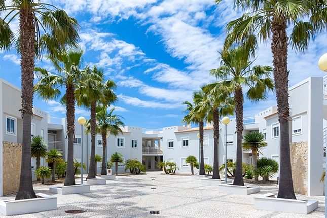 Thumbnail Property for sale in Carvoeiro, Lagoa E Carvoeiro, Algarve
