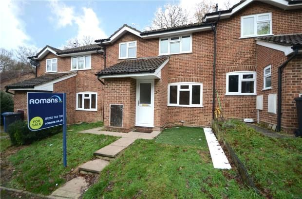 Thumbnail Terraced house for sale in Shaftesbury Mount, Blackwater, Surrey