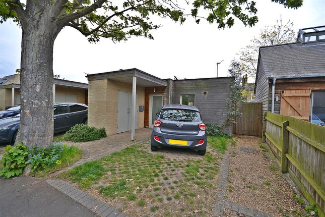 Thumbnail Property for sale in Westland Terrace, North Street, Cambridge