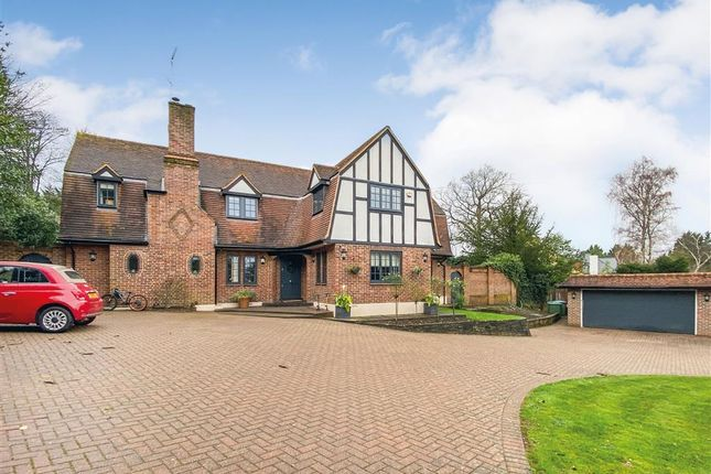 5 bed detached house for sale in Ruxley Crescent, Claygate, Esher KT10