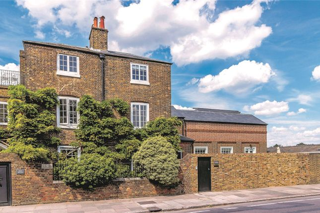 Thumbnail Property for sale in Hampton Court Road, East Molesey, Surrey