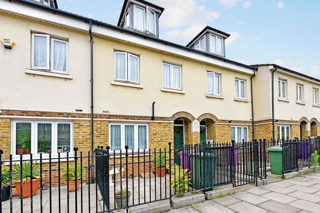 Thumbnail Terraced house for sale in Galsworthy Avenue, Limehouse