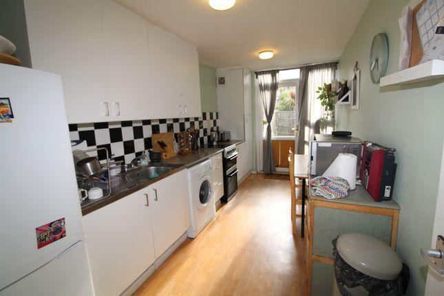 Thumbnail Maisonette to rent in Manaton Close, London