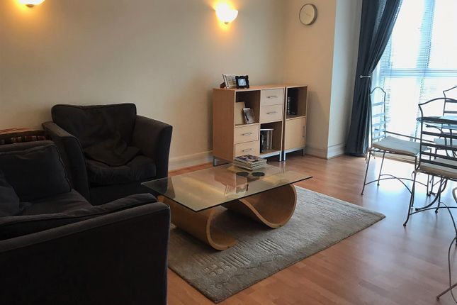 Thumbnail Flat to rent in Clapham High Street, Clapham Common