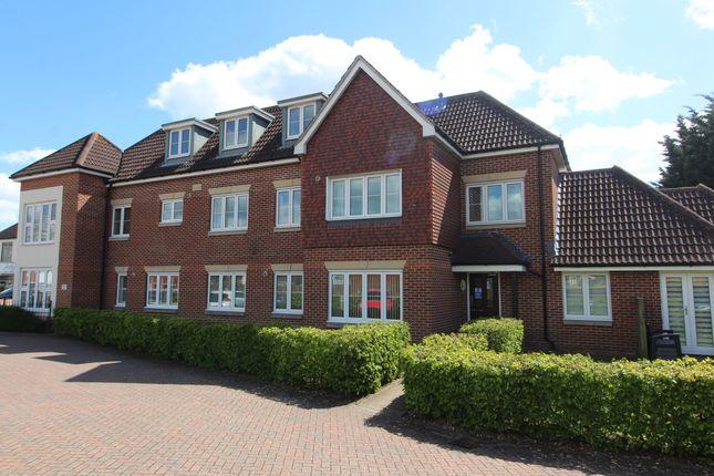 2 bed flat for sale in Nelson Avenue, Portchester, Fareham PO16
