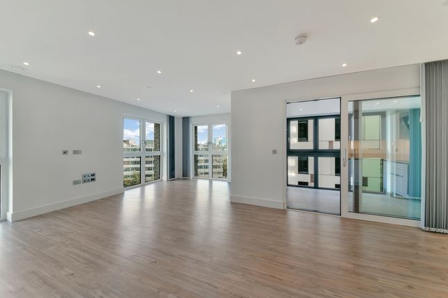 Thumbnail Flat for sale in Aldgate Place, Wiverton Tower, Aldgate