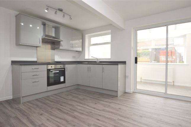 Thumbnail Town house to rent in Eastwood Avenue, Wakefield, West Yorkshire