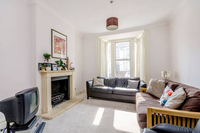 Thumbnail Property for sale in Raleigh Road, Hornsey