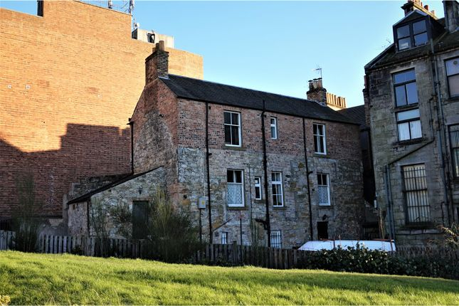 Thumbnail Flat for sale in Queen Anne Street, Dunfermline