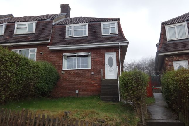 Thumbnail Terraced house to rent in Cliffe St, Batley