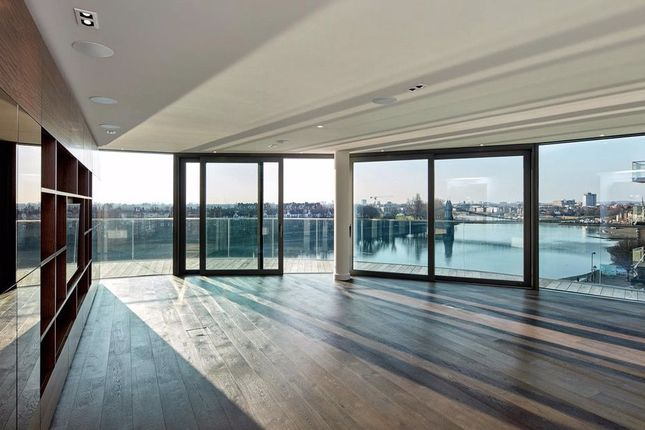 Thumbnail Flat for sale in Goldhurst House, Fulham Reach, London