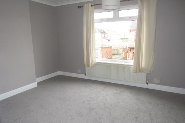 Bedroom of Finch Road, Balby, Doncaster DN4