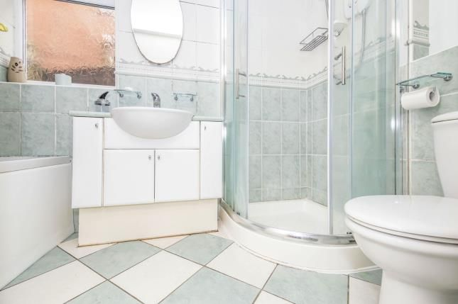 Bathroom of Iris Avenue, Birstall, Leicester, Leicestershire LE4