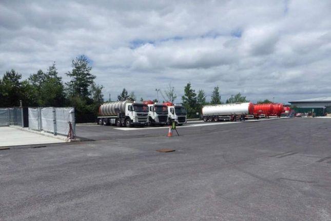 Thumbnail Land to let in Lutyens Close Secure Open Storage, Basingstoke