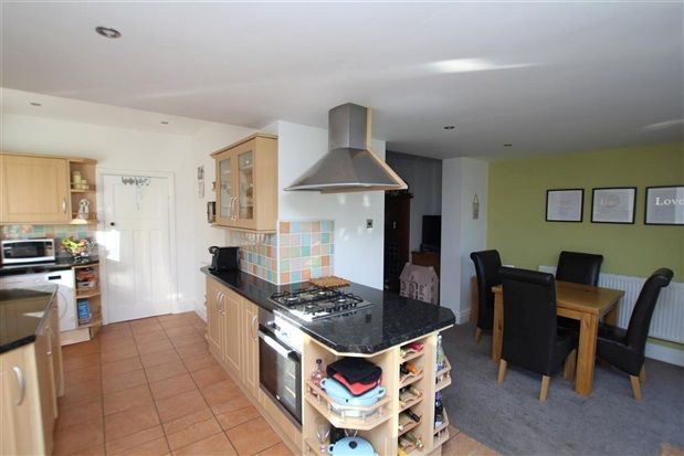 3 Bed Property For Sale In Hoyles Lane Preston Pr4 Zoopla