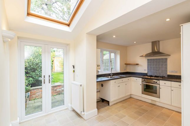 Thumbnail Terraced house to rent in Church Street, Cirencester