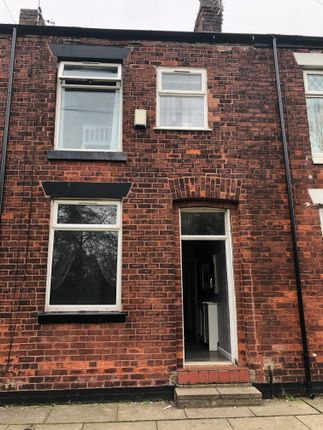 3 bed terraced house to rent in Barton Street, Tyldsley M29