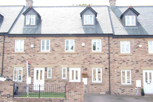 Thumbnail Town house to rent in Fell Bank, Birtley, Chester Le Street