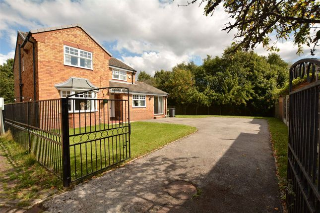 Picture No. 02 of Hopefield Green, Rothwell, Leeds, West Yorkshire LS26