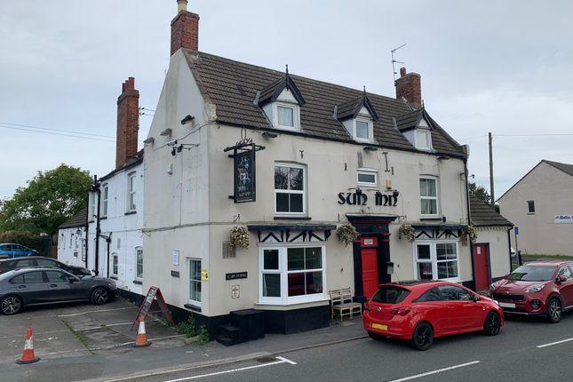 Thumbnail Pub/bar to let in Bridge Street, Saxilby, Lincoln