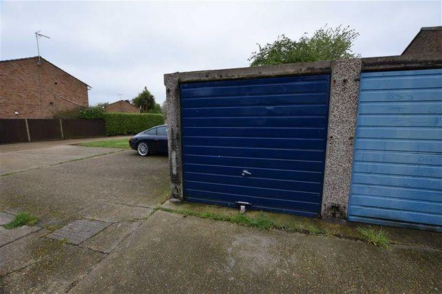 Parking/garage for sale in Clyde, East Tilbury, Tilbury