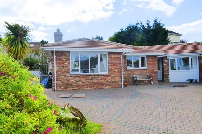 Thumbnail Bungalow to rent in Miranda Road, Preston, Paignton