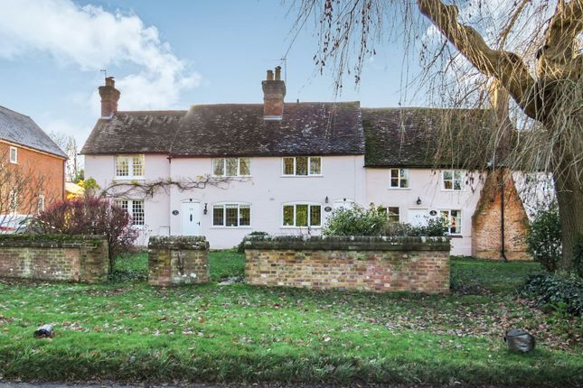 Cottage for sale in Chipperfield Road, Bovingdon, Hemel Hempstead